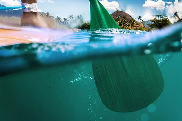 Kako supati? Veslo v vodi. Perspektiva iz gladine.